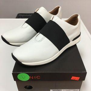 Vionic-Codie- White/Black